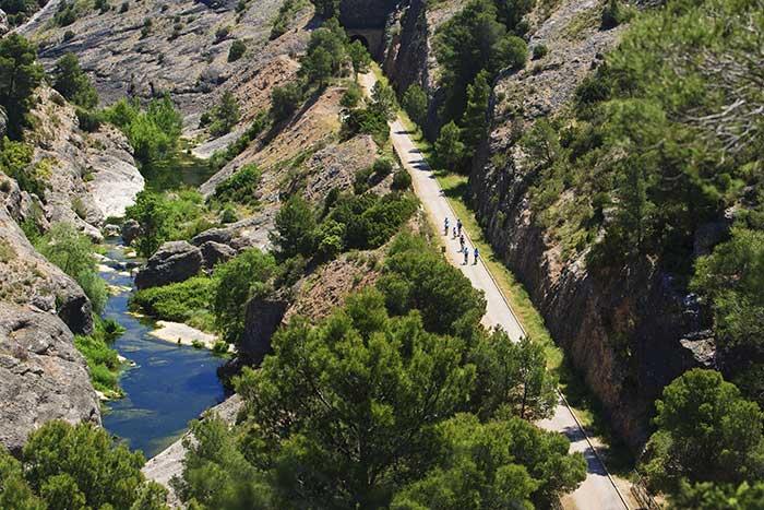 Itinéraire Via Verda (Voie Verte) des Terres de l'Èbre - crédit : office du tourisme