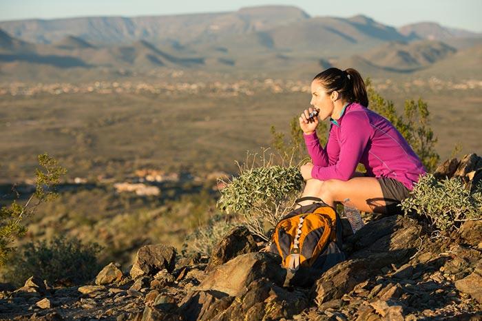 Bien s'alimenter en randonnée - Sojasun - FFrandonnée